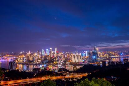 重庆夜经济成全国品牌 奥陶纪这种夜游独一无二